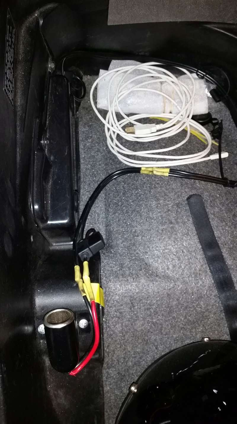 USB charger port Wiring10