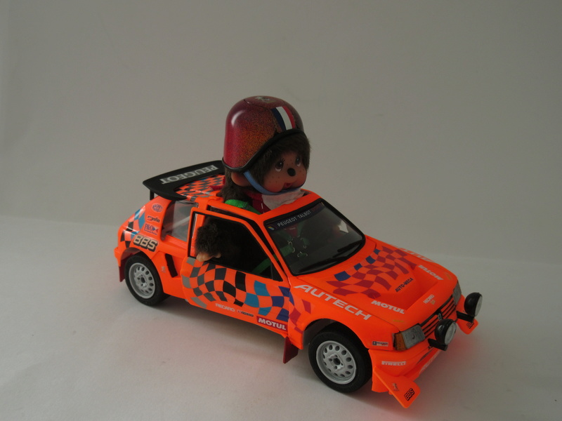 "Peugeot 205 EV 2 ""c'est parti mon Monchhichi"" Img_1012"