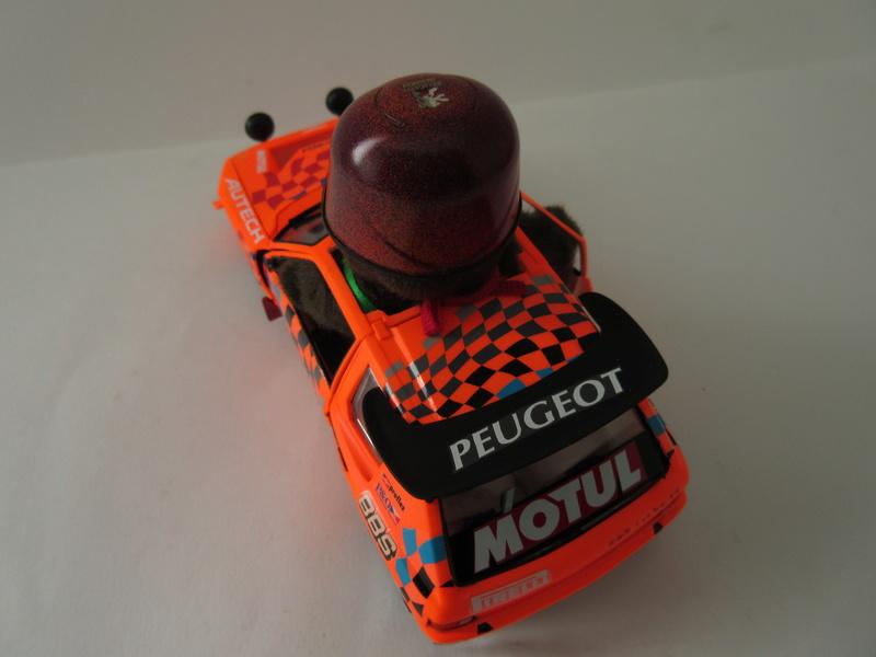 "Peugeot 205 EV 2 ""c'est parti mon Monchhichi"" Img_1014"