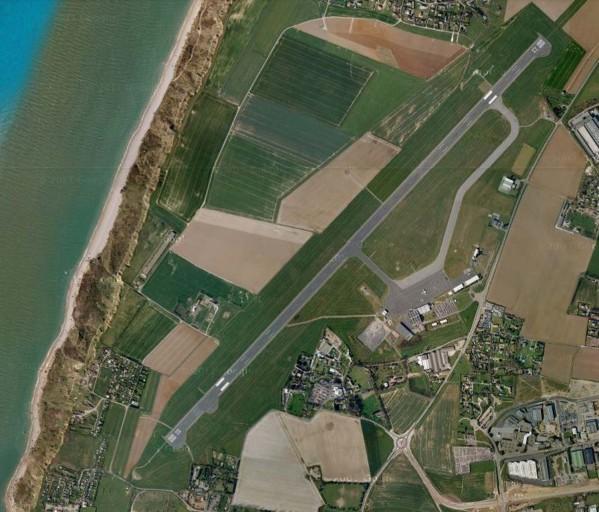 Inauguration de l'aéroport d'Ebur par Francii Piste10