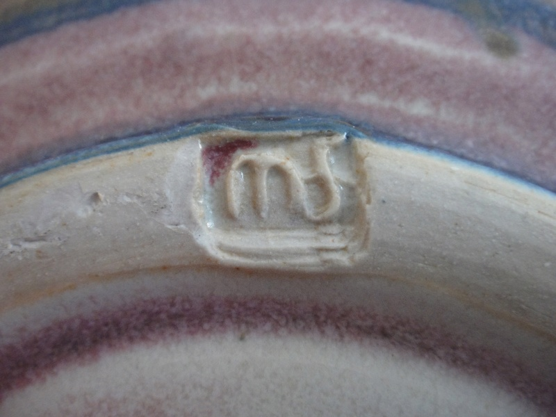 Ceramic Fruit Bowl marked MF - any ideas.  Dsc02710