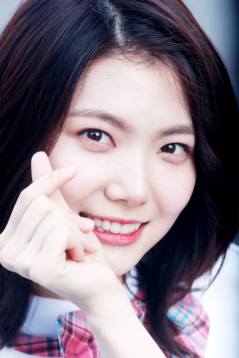 [DISCUSSION] Official Produce 48 Thread Kaeun212