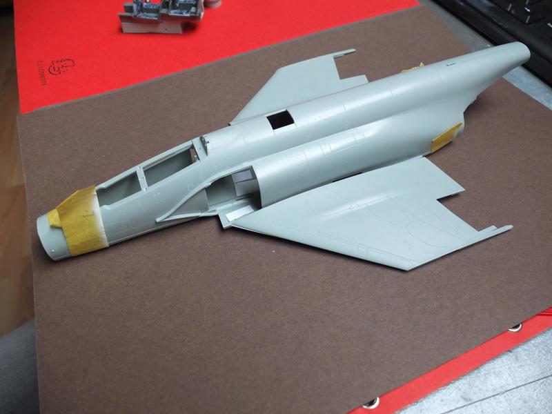Le F4 C en camo guerre du Vietnam... - Page 2 S0192012
