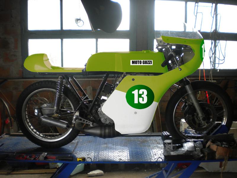 Guzzi 250 corsa - Page 4 Dec910