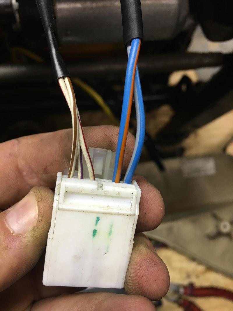 branchement siege electrique sur vehicule non cablé  30624410