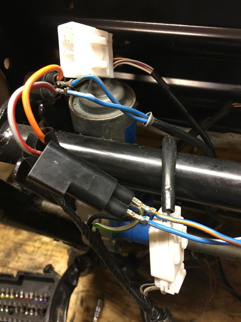 branchement siege electrique sur vehicule non cablé  30652610