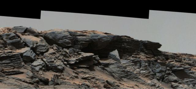 Extraños objetos en una imagen del Curiosity en Marte Estatu12