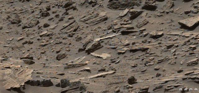 Extraños objetos en una imagen del Curiosity en Marte Marte_16