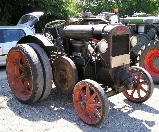 Moteur semi diesel à boule chaude 14121910