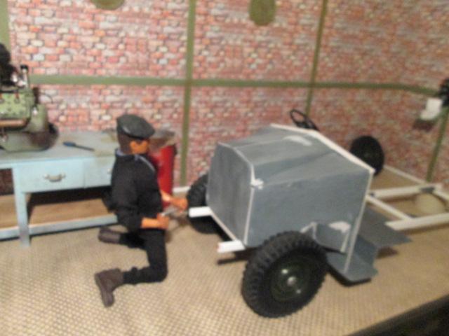 "Drik is building a WW2 British "" MORRIS CS8 "" Img_1315"