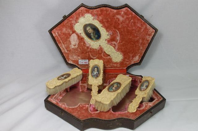 A vendre: meubles et objets divers XVIIIe et Marie Antoinette - Page 7 11505210