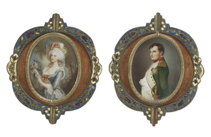 A vendre: miniatures de Marie Antoinette et de ses proches - Page 13 38061310