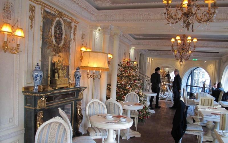 Le Café Pouchkine 74485910
