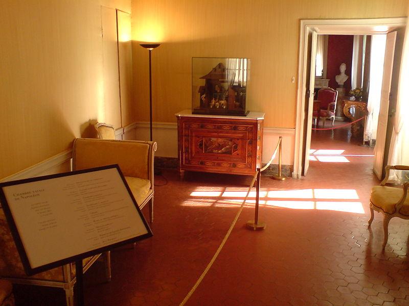 Le Musée de la Maison Bonaparte 800px-23