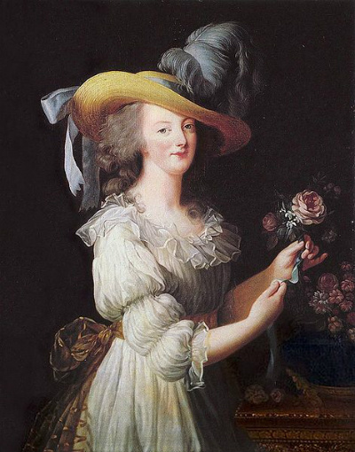 Portraits of Marie-Antoinette and Courtly Life Decora11
