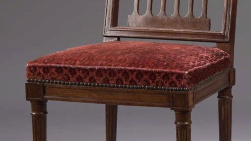 A vendre: meubles et objets divers XVIIIe et Marie Antoinette - Page 7 Sans_t11