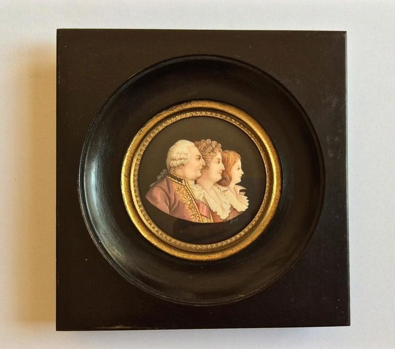 A vendre: miniatures de Marie Antoinette et de ses proches - Page 13 Zzz511