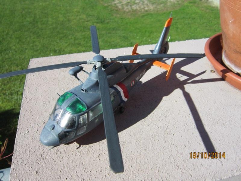 SA.365F/AS.565SA Dauphin II (1/48° de Kitty Hawk) 52221310
