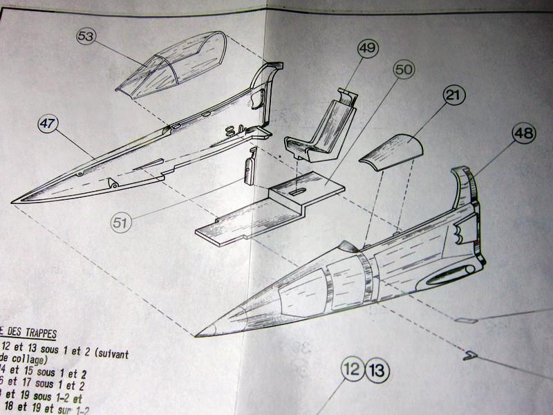 """Jaguar """"A"""" appui tactique [1/50° de Heller]  voila il est Fini les photos(tof faites dehors en plus) - Page 2 Img_6277"""