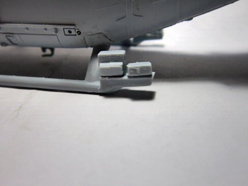 Westland Lynx AH-7 [1/48° de Airfix] voila les photos de fin - Page 2 Img_6393