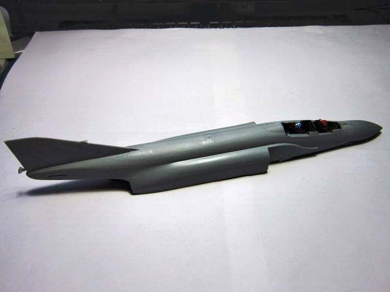 F-4S Navy Phantom de Italeri au 48° (rajout des photos du dio fini) Img_6461