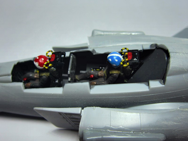 F-4S Navy Phantom de Italeri au 48° (rajout des photos du dio fini) Img_6466