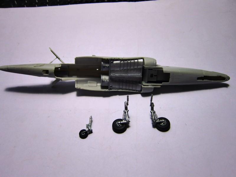( Kinetic ) Alpha-jet A/E   1/48 *** Terminé en pg 2 *** - Page 2 Img_6595