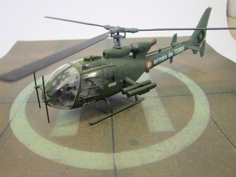 Gazelle SA 342L (1/50 de Heller) Img_6816