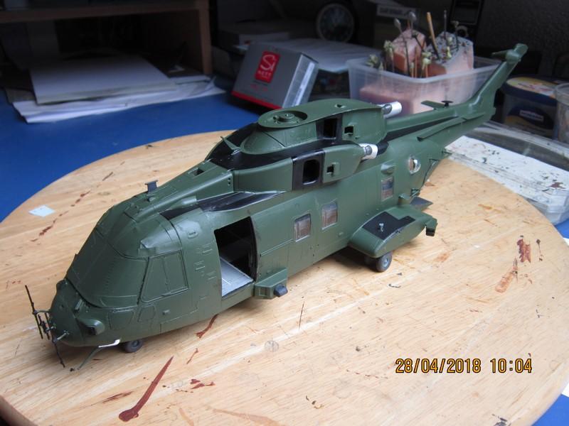 Agusta Westland Merlin HC 3 (1/48 de Airfix)(fini) - Page 2 Img_6991