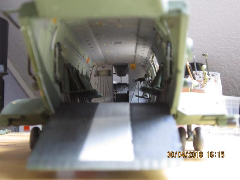 Agusta Westland Merlin HC 3 (1/48 de Airfix)(fini) - Page 2 Img_7012