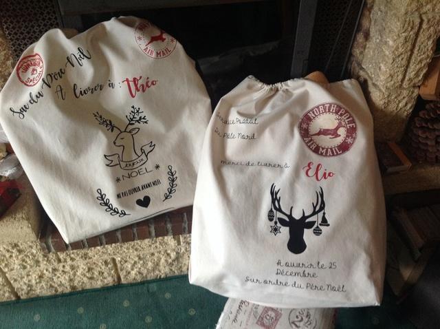 sacs du père noel (clin d'oeil à Eliane!!) Img-1011