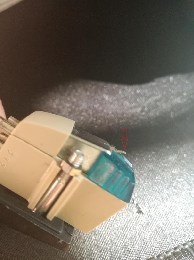 Audio pessimo su giradischi GBC TDJ-101 Stilo10