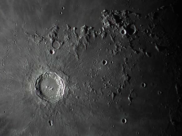 quelques gros plan lunaires Lune_238