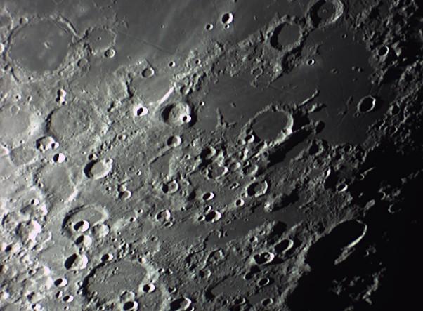 quelques gros plan lunaires Lune_239