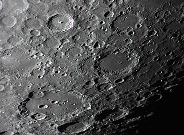 quelques gros plan lunaires Lune_242