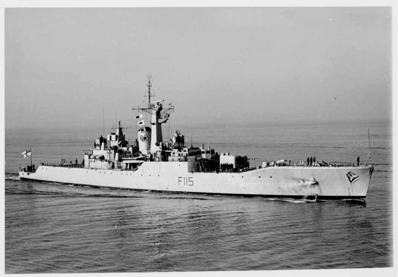 FREGATES ASM CLASSE BROADSWORD (TYPE 22) NV (TERMINE) Hms_be15