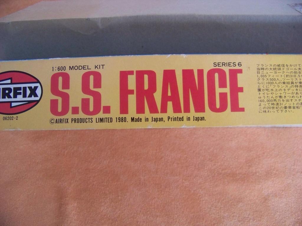 Paquebots France et United States (Airfix & Revell 1/600°) par PLEF 100_9725