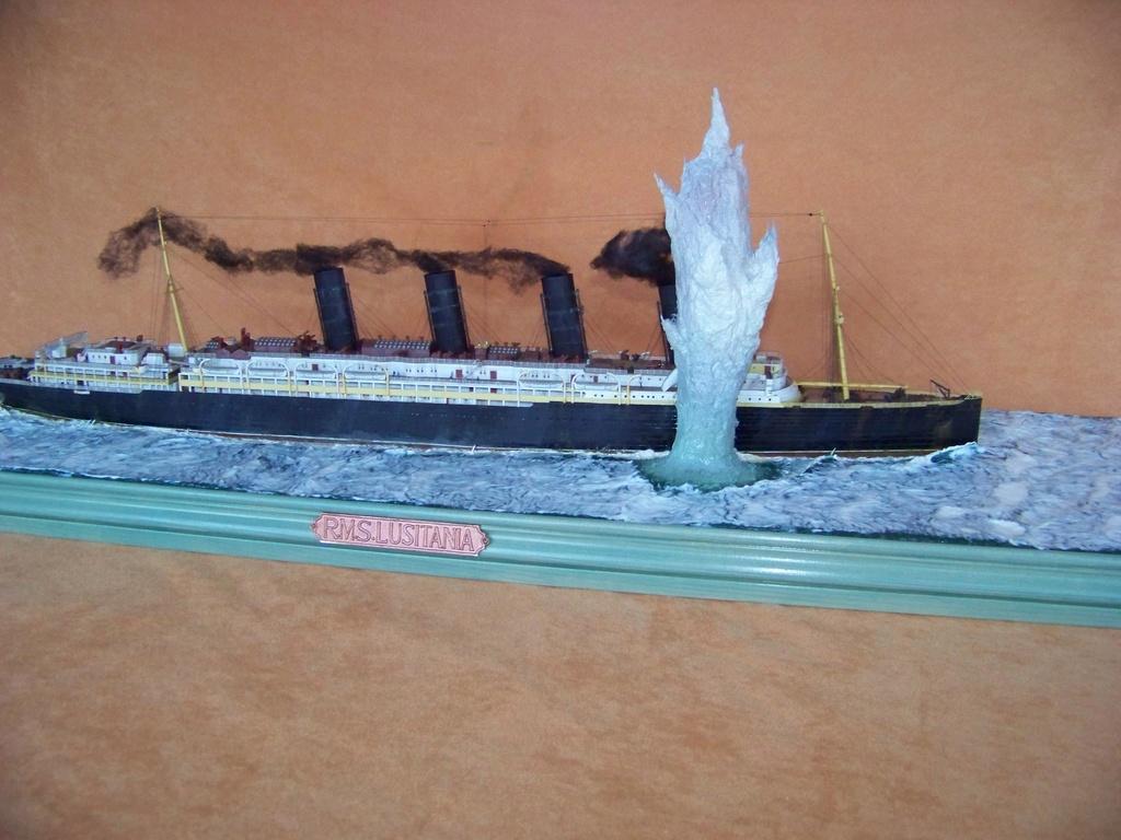 Dio : Torpillage du RMS Lusitania (Gunze Sangyo 1/350°) par PLEF 100_9788