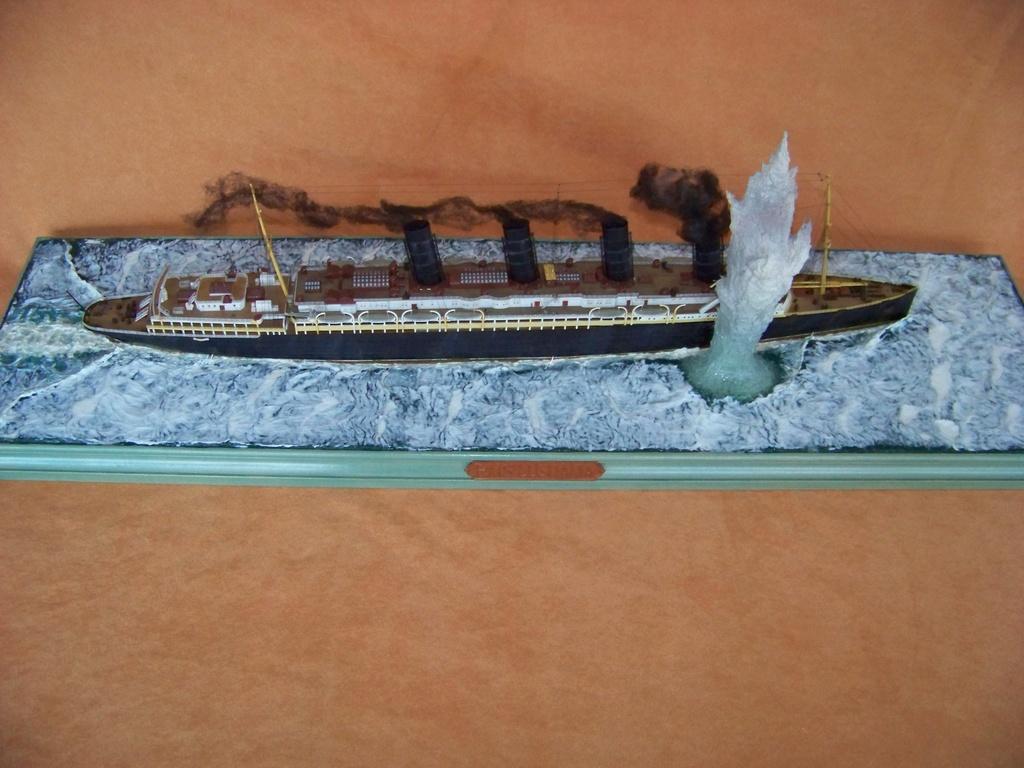 Dio : Torpillage du RMS Lusitania (Gunze Sangyo 1/350°) par PLEF 100_9789