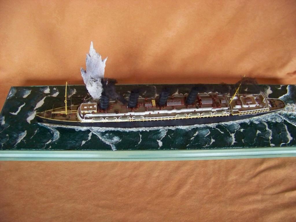 Dio : Torpillage du RMS Lusitania (Gunze Sangyo 1/350°) par PLEF 100_9790
