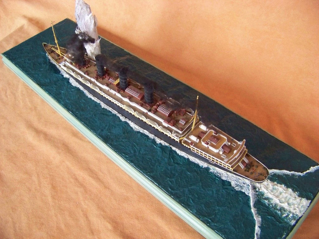 Dio : Torpillage du RMS Lusitania (Gunze Sangyo 1/350°) par PLEF - Page 2 100_9794