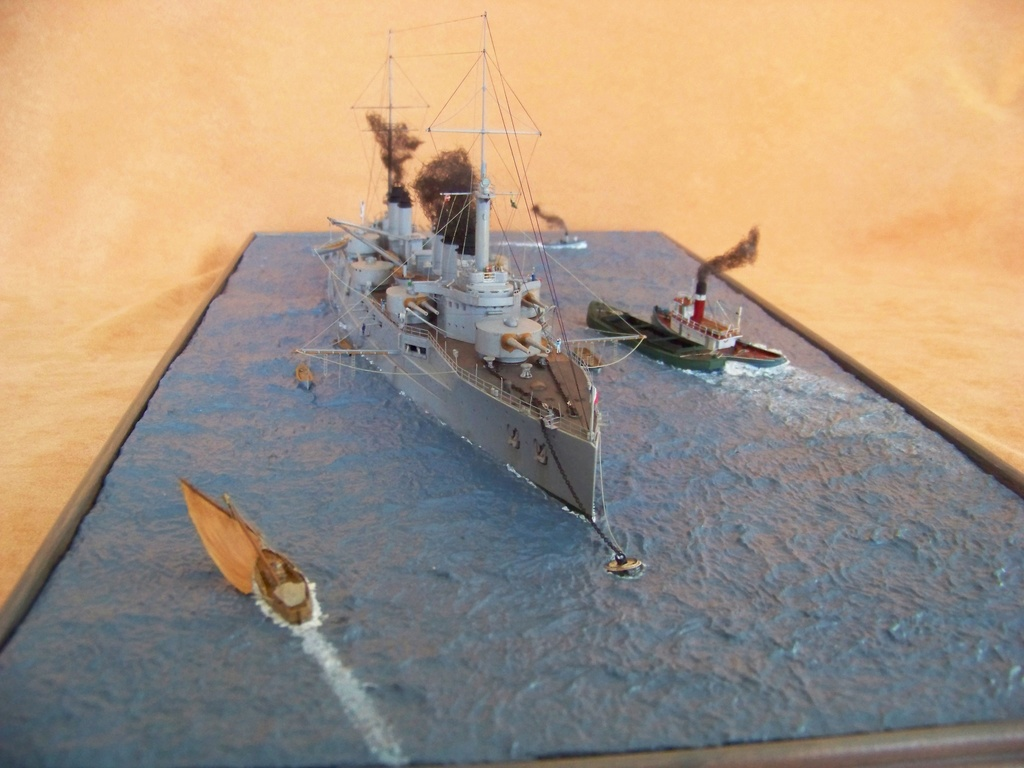 Cuirassé Voltaire Hobby Boss 1/350, diorama. - Page 4 100_9834