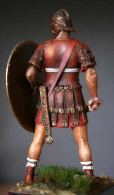 (IIIe) Vitrine  de Duck: Les quat' centurions.... Img_6523