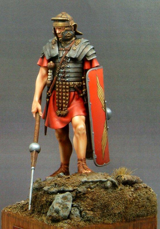 ROMAN Legionarius Young miniatures 1/10 - Page 2 Legiod10