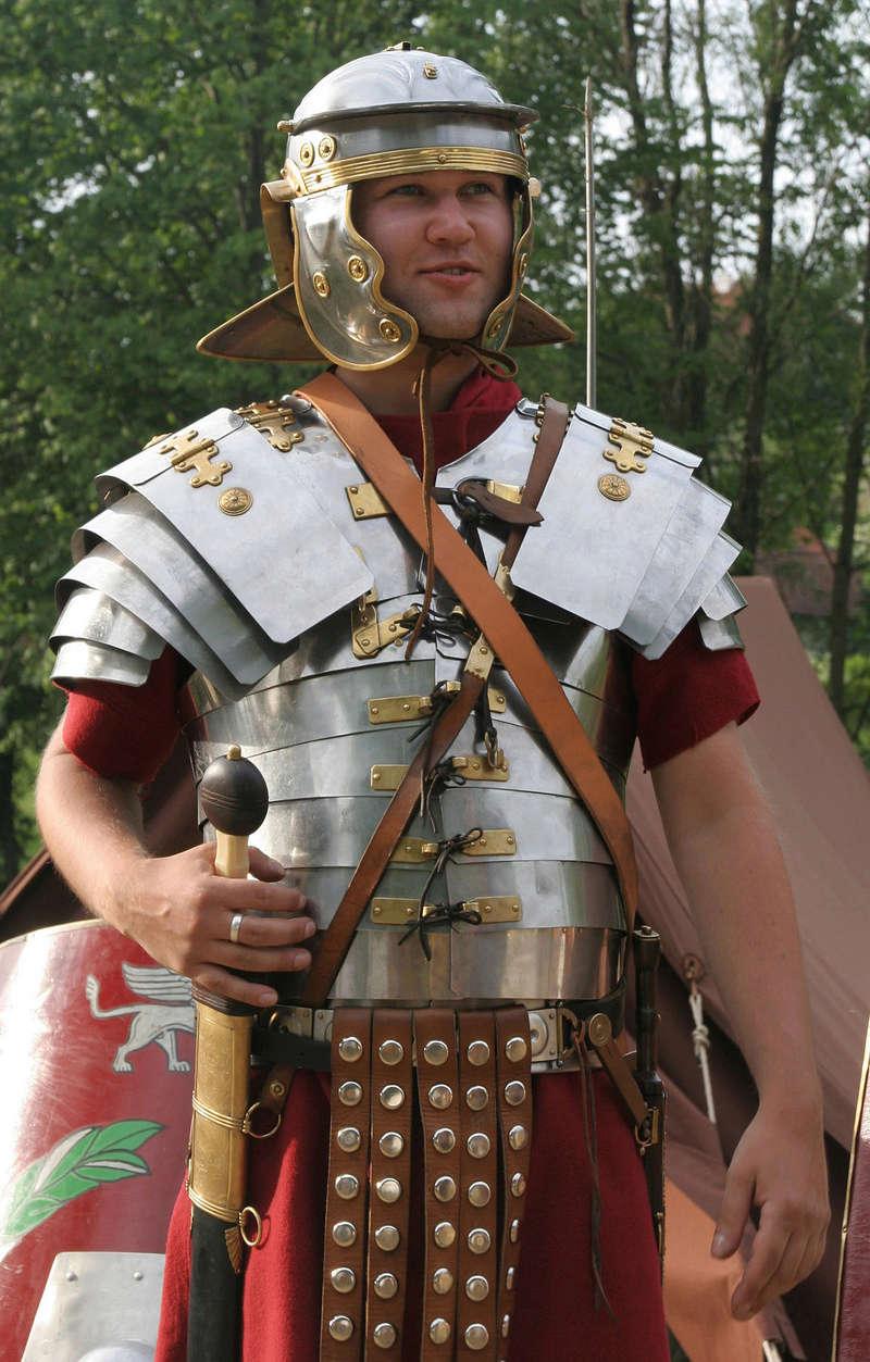 ROMAN Legionarius Young miniatures 1/10 Roman_10