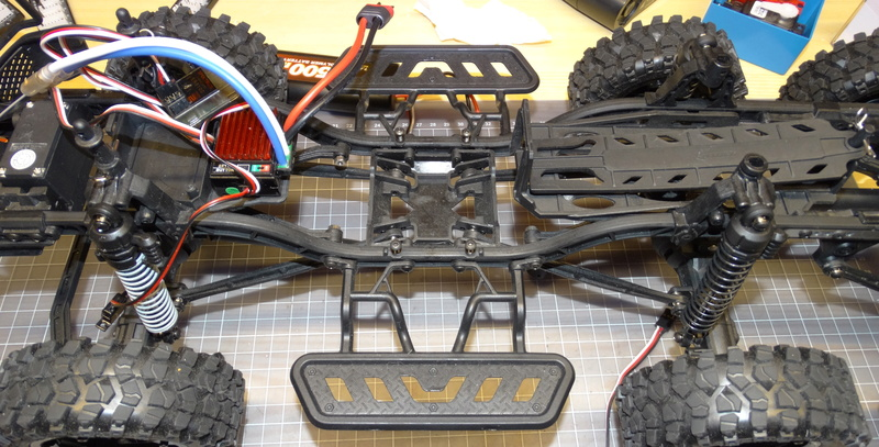 Surpass WILD 3 6WD Crawler 1:10 Dsc09222