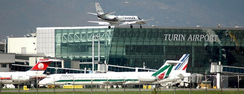 أهم المطارات الأقرب لمدينة كريمونا  Casell11