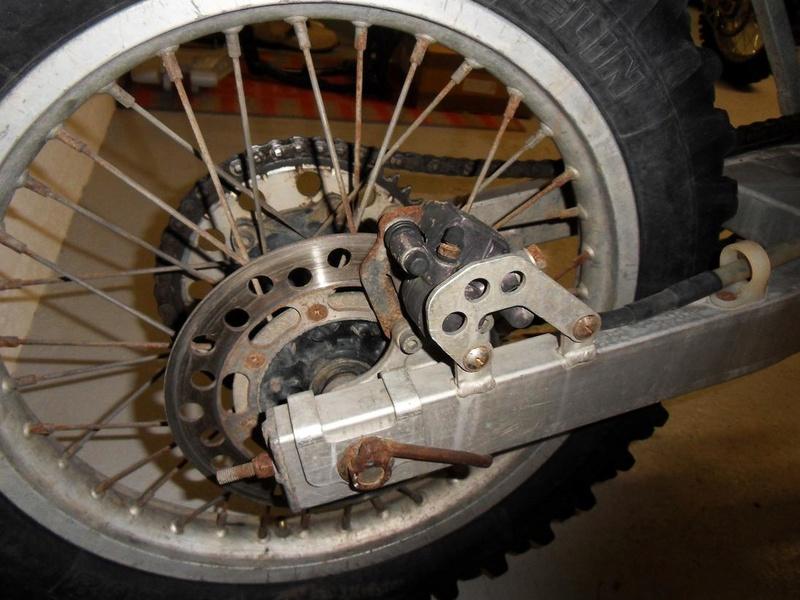 Qu'avez vous fait à votre moto aujourd'hui ? - Page 24 01510