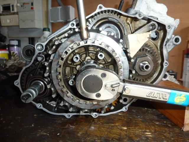 Ouvrir un moteur de KTM 200 2T Totol_10