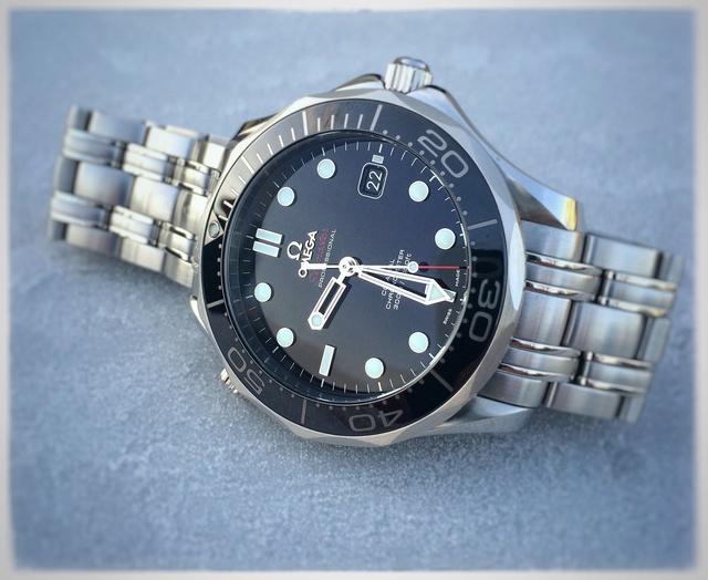 seamaster - [Vendue] Omega Seamaster Diver 300 black ceramique - 2100€ Img_5810